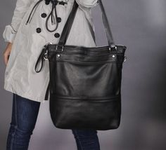 Leather tote bag/Black leather tote/Woman's laptop bag / by Laroll, €158.00