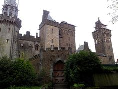 Cardiff Castle -Amazing place, the beauty, the history, everything...another visit will come at some point!