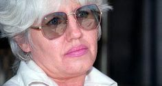 "In 1993 Lynda Lyon was on the run after having stabbed her ex-husband. Upon being stopped by the police, she and her common-law husband George Sibley shot a police officer.   Lynda was condemned to die in Alabama's infamous electric chair, called ""Big Yellow Mama"".  Lynda never used her options to appeal. She would rather endure electrocution despite she considered this method ""gruesome"", than to compromise her anti-government principles."