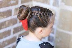 Resultado de imagen para peinados para niña con pelo liso