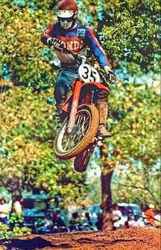 Motocross Action, Motocross Bikes, Vintage Motocross, Vintage Motorcycles, Honda Dirt Bike, Dirt Bikes, Old School, Bicycle, Classic