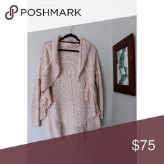 Cream woven sweater Cream woven layered sweater. Perfect for fall to wear with jeans and a simple shirt. Warm, comfortable. Worn once Anthropologie Sweaters Shrugs & Ponchos
