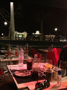 Late night dinners on the Thames!