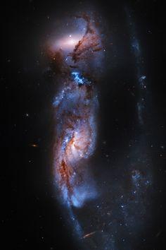 ARP81 Wallpaper   Hubble Space Telescope of the galaxy ARP91…   Stuart Rankin   Flickr