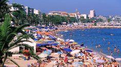 Alpes-Maritimes : la famille royale saoudienne veut interdire l'accès à une plage publique pour son séjour