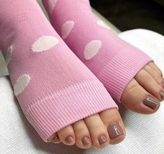 Flip Flop Fashion Sandals Spa Toeless Socks Hand Knit Leg warmers Yoga Pedicure House Bed Cotton Candy
