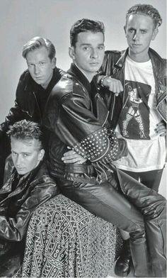 Depeche Mode - Andrew Fletcher, Dave Gahan, Martin L Gore, Alan Wilder 80s Music, Music Icon, Rock Music, Martin Gore, Dave Gahan, Alan Wilder, New Wave Music, Musica Pop, Wheel Of Life