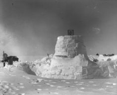May 1931: Aerosled at Eismitte. In the right conditions, the Aerosleds proved their worth.