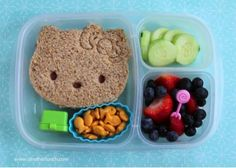 Healthy meals with chicken and vegetables nutrition information sheet Healthy Lunches For Kids, Easy Snacks, Kids Meals, Healthy Snacks, Vegetable Nutrition, Kids Nutrition, Easy Lunch Boxes, Lunch Ideas, Food Art For Kids
