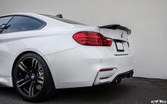 BMW M4 Mineral White