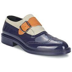 Presentamos este modelo de zapatos estilo richelieu de la marca #vivienne #westwood. El modelo #monk #brogue no pasará desapercibido y será tu complemento ideal esta temporada.