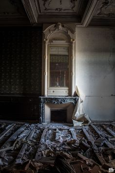 Château Stranieri - Urbex Session : An Abandoned World