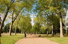 Hyde Park is one of the Royal Parks of London and certainly one of the largest parks in central London. London Quotes, Hyde Park London, Royal Park, Us Travel, The Locals, North America, Lust, Parks, Scotland