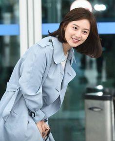 Decendants Of The Sun, Kim Yoo Jung, Kim Ji Won, Hair Again, Pretty And Cute, Korean Actresses, 2ne1, My Idol, Cute Girls