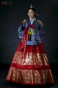 da551c380 Crown princess Korean Traditional, Traditional Clothes, Korean Fashion,  Traditional Bedskirts, K Fashion