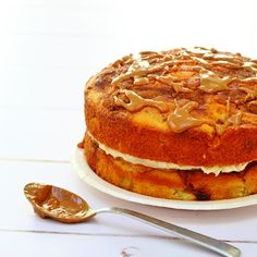 Cinnamon and Apple Caramel Cake