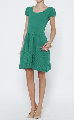 Miss Candyfloss - Mavis blue pencil dress Pretty Outfits, Cool Outfits, Fashion Outfits, Petite Dresses, Vogue Fashion, Classic Outfits, Modest Outfits, Green Dress, Dress To Impress