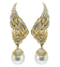 2ct Diamond Pearl Day & Night 18k Yellow Gold Earrings | New York Estate Jewelry | Israel Rose