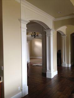 Super Home Diy Renovation Crown Moldings Ideas Interior Columns, Interior Trim, Home Interior Design, Interior Paint, Arched Doors, Entry Doors, Moldings And Trim, Crown Moldings, Archway Molding