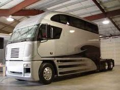 Not a fan of cab over rigs but love that sleeper Big Rig Trucks, Show Trucks, Old Trucks, Dually Trucks, Pickup Trucks, Custom Big Rigs, Custom Trucks, Bus Camper, Trucks