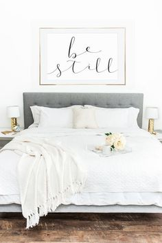 Contemporary chic bedroom in white with modern wall art @pattonmelo