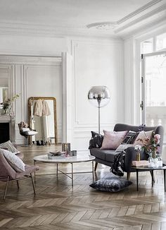 the new spring collection for H and M home is perfectly glam.  LOVE The Minimalist look & the style infused with softness & glam!