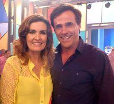 Oscar Magrini, veste Etiqueta Negra Hombres na manhã de hoje, no programa Encontro com Fatima Bernardes, da TV Globo. — com Oscar Magrini.