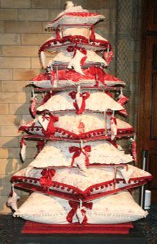 christmas-cushion-pillows-tree-decorating-ideas-design