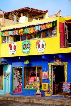 Sunny Sayulita Ripples from Tulum's beach scene are radiating west of this perky little surfer town on Mexico's Pacific coast Mexican Home Decor, Mexican Art, Mexican Style, Mexican Colors, Colourful Buildings, Dark Interiors, Beach Scenes, Spanish Style, Mexico Travel