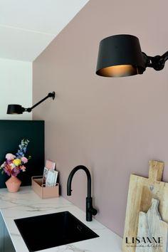 White Kitchen Cabinets, Kitchen Paint, Inspiration Wall, Interior Inspiration, Küchen Design, House Design, My Kitchen Rules, Cosy Kitchen, Sheila E
