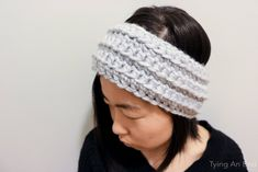 [Free Crochet Pattern | Eve Crochet Headband by Tying An End] Quick 30 minutes crochet headband for the cold winter! With 1 skein you can make the headband as well as my Chunky Wrist Warmer! Both FREE patterns on my blog!