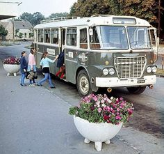 ikarus630 Busses, Commercial Vehicle, Retro Cars, Old Cars, Motorhome, Cars And Motorcycles, Trucks, History, Vehicles