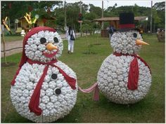 Snowman Sculptures made from recycled plastic bottles :)