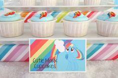 Cutie mark cupcakes