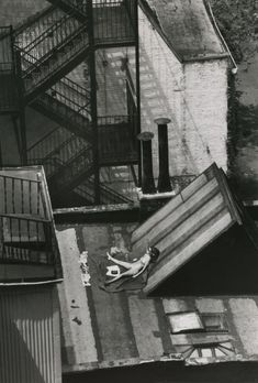 André Kertész ::Sunny Day, New York, August 12, 1978
