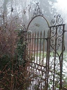 garden gate- kinda the style I had in mind to use for a headboard..
