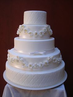 Indescribable Your Wedding Cakes Ideas. Exhilarating Your Wedding Cakes Ideas. White Cakes, White Wedding Cakes, Elegant Wedding Cakes, Beautiful Wedding Cakes, Gorgeous Cakes, Wedding Cake Designs, Pretty Cakes, Amazing Cakes, Wedding Unique