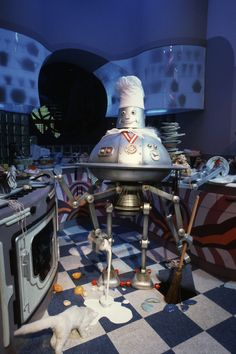 Horizons Chef Robot cleans up after himself!!  Where can I get one?  ;o) tami@goseemickey.com