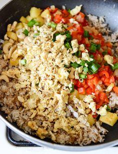 Pineapple Cashew Fried Rice I howsweeteats.com