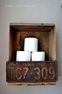 Construire une volet rustique pour votre toilette utilisant des planches de palettes