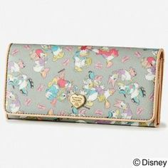 fedf5520d4fc F s New Samantha Thavasa Disney Long Wallet Donald Daisy Yellow Kawaii  Japan