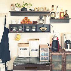 見せる収納/キッチン/コーヒーミル/KARITA/コーヒーのある暮らし...などのインテリア実例 - 2019-12-11 11:01:45 | RoomClip(ルームクリップ) Entryway, Storage, Furniture, Home Decor, Entrance, Purse Storage, Decoration Home, Room Decor, Door Entry