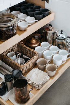 Home Interior Diy Helpful tips and ideas for organizing a beautiful kitchen coffee station.Home Interior Diy Helpful tips and ideas for organizing a beautiful kitchen coffee station. Coffee Station Kitchen, Coffee Bar Home, Home Coffee Stations, Coffee Corner, Coffee Bars, Coffee Bar Ideas, Coffee Bar Station, Coffee Break, Coffee Cup