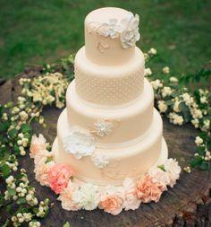 delicado www.guianoivaonline.com.br #guianoiva #noiva #casamento #bolo