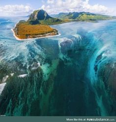 The underwater waterfall at Le Morne Brabant, Mauritius Photo by Sébastien and Fabrice Beautiful Places To Travel, Cool Places To Visit, Beautiful World, Romantic Travel, Amazing Places, Beautiful Gorgeous, Beautiful Dresses, Underwater Plants, Fotografia Macro