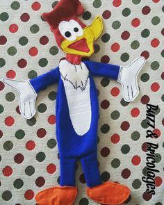 Ce sera mon unique doudou woody woodpecker.  La Maman d'une amie m'a demandé si je pouvais lui faire un doudou un peu particulier. J'ai rele...