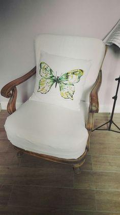Sessel verbessert und mit einem Kissen verschönert!