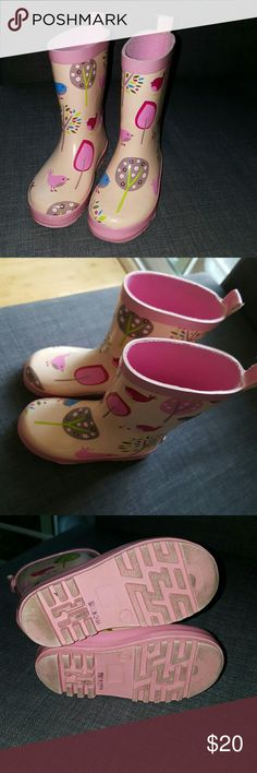Girl's Rain boot Size marked as 7 but could be closer to 8. also says Euro size 24. Purchased from upscale kids boutique overseas for $59. Very cute bird and tree design. Lined and padded sole. Feels very durable and not floppy but easy to run around in. Lightly used only a handful of times. Penny Scallan Shoes Rain & Snow Boots
