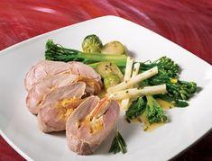 Filets de porc farcis aux pommes et au cheddar | Recettes IGA | Légumes, Vinaigrette, Recette facile