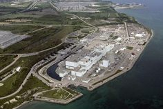 Nuclear  plant spills  tritium into lake